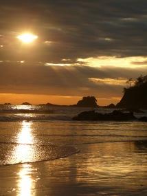 Kostarika Manuel Antonio sahili güneş batışı