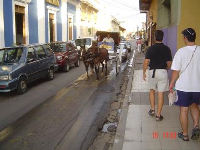 Nikaragua'nın Granada şehrinde yürüyüş